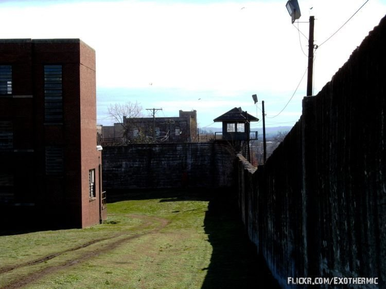 Tennessee State Prison, closed in 1989