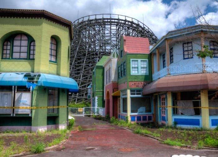 Nara Dreamland, abandoned theme park, Japan