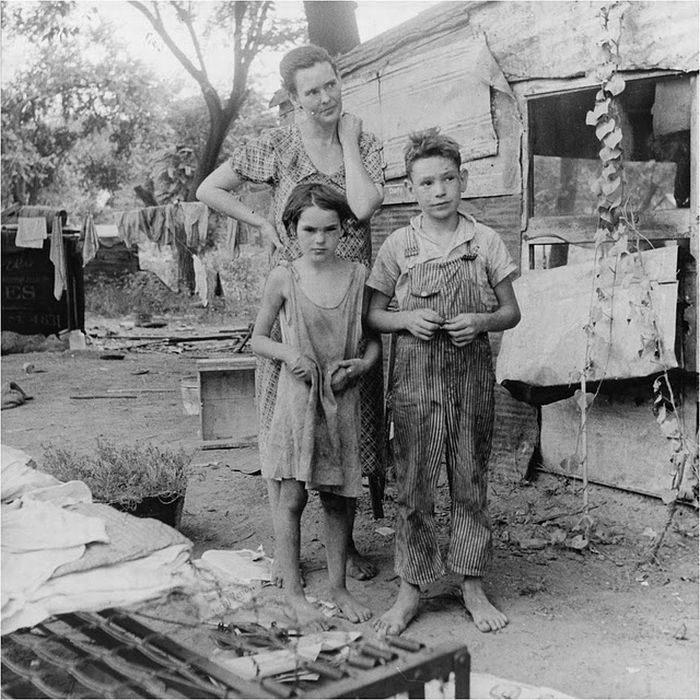 the great depression in america The great depression in america 85 likes 8 talking about this food banks are just modern day soup kitchens, more banks have filed for bankruptcy and.