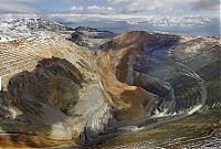 Trek.Today search results: Massive landslide in Kennecott Copper Bingham Canyon Mine, Oquirrh Mountains, Salt Lake City, Utah, United States