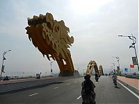 Dragon Bridge, Cầu Rồng, River Hàn at Da Nang, Vietnam