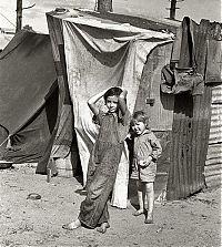 Happy Days / Kanashimi - The Great Depression II - Encyclopaedia ...