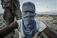 Trek.Today search results: Scavenging in Port-au-Prince, Ouest, Haiti