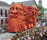 Trek.Today search results: Bloemencorso, Flower Parade Pageant, Netherlands