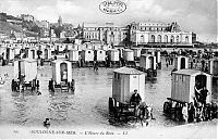 World & Travel: History: Bathing machine devices on the beach, 18th-19th century, Europe