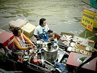 Trek.Today search results: Floating market, Damnoen Saduak, Ratchaburi Province, Thailand